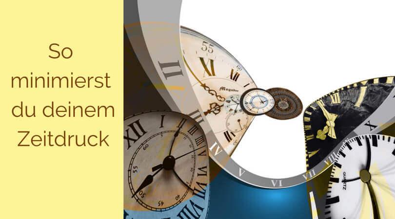 Zeitdruck, 3 Uhren die sich gegenseitig erdrücken